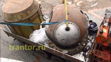 Перевозка капсулы для спуска космонавтов с орбиты Земли!