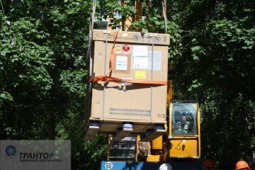 Такелажные работы, стропальные работы, разгрузка, подача в оконный проем 42 тонны.
