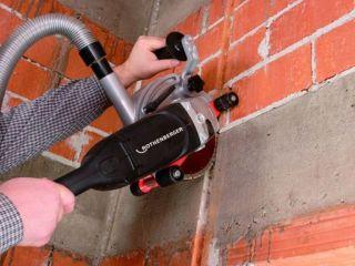 Штробление стен под трубы водопровода и канализации