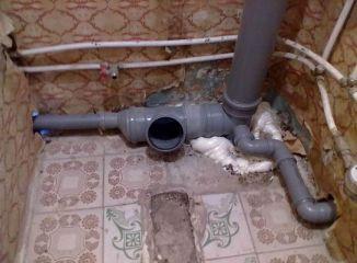 Замена и ремонт канализации.