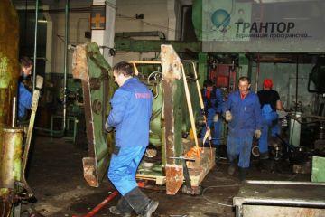 Такелаж пресса,  такелажные работы высокой сложности, промышленный такелаж, такелажные работы   27 тонн.