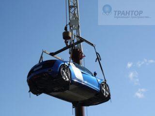 Траверса с колесными ухватами для подъема машины